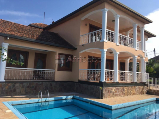 Beautiful house for sale at nyarutarama
