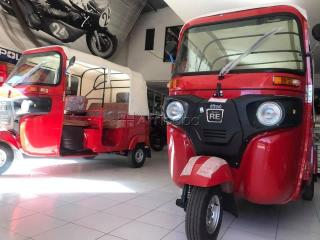 Bajaj re 4s tricycle