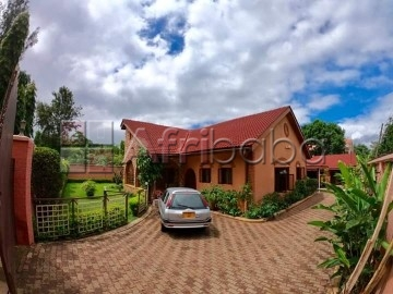 2 exclusive houses in njiro block a for sale.
