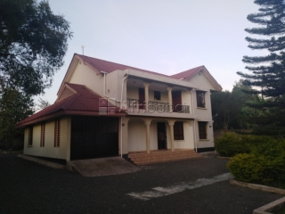 Spacious four bedroom villa for rent. #1