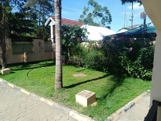 A charming 3 bedroom detached house for rent in njiro area. #1