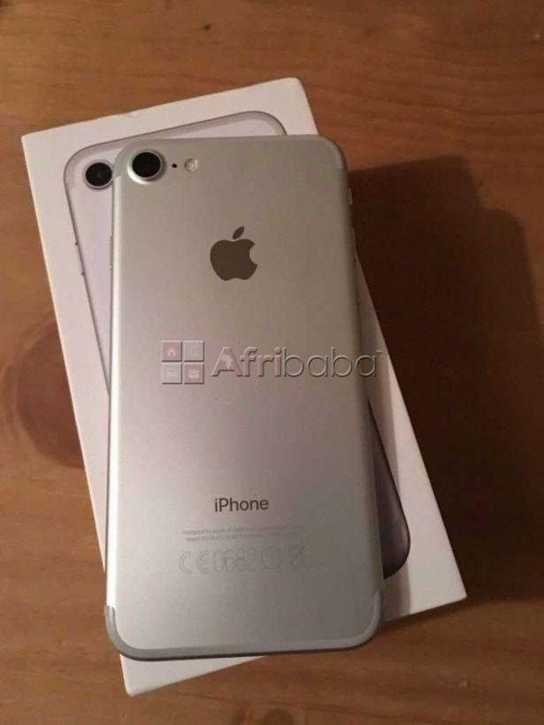 Apple iPhone 7 32GB For Sale