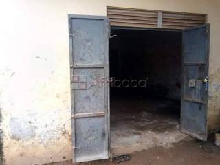 Workshop or showroom spaces for rent in kazinga bweyogerere-namanve
