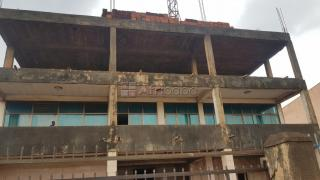 Commercial building for sale at wakiseka