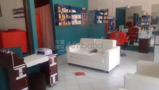 An excutive hair salon &spar  for sale on gaba road bunga