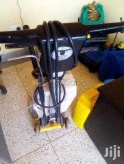 Floor and Carpet Scrubbing Machine