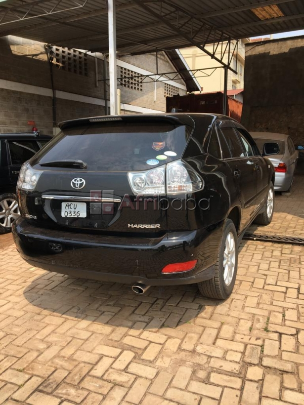Toyota Harrier Leather seats Low mileage #1