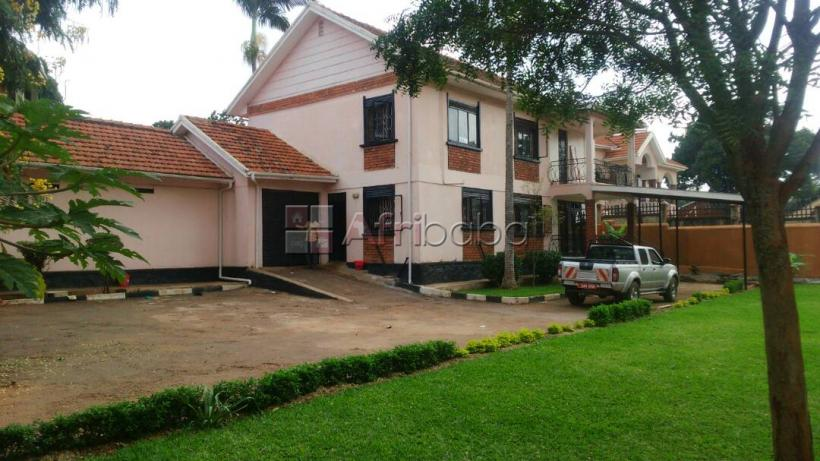 4 bedroom mansion for rent at Muyenga #1