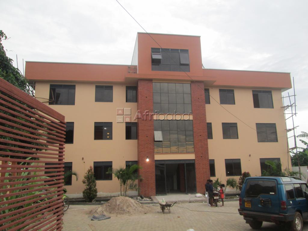 Two bed room apartment on rent at 850000 a month in Kirinya, Bweyogere #1