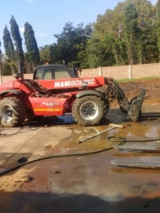 Rough Terrain Trucks (Manitou) and Forklift.