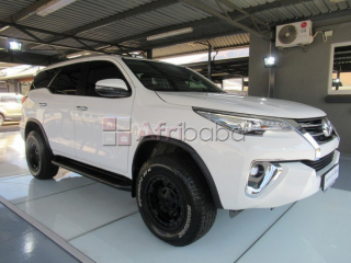Toyota Fortuner 2.8gd6 #1