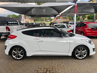 2016 Hyundai Veloster Turbo Elite Auto For Sale #1