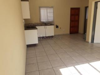 Neat 1-bed flat next to Gautrain