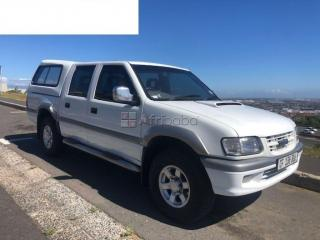 2003 isuzu kb300 tdi auto double cab for sale.