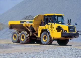 Dump truck and excavator training courses in Rustenburg
