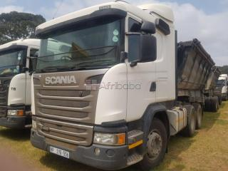 tons side trucks for rent/hire