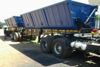 34 ton side tipper for rentals   whatsapp // call