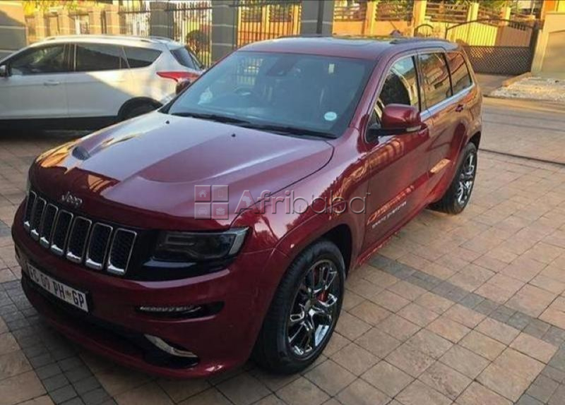 2016 jeep grand cherokee srt 8 automatic 3.0l suv #1